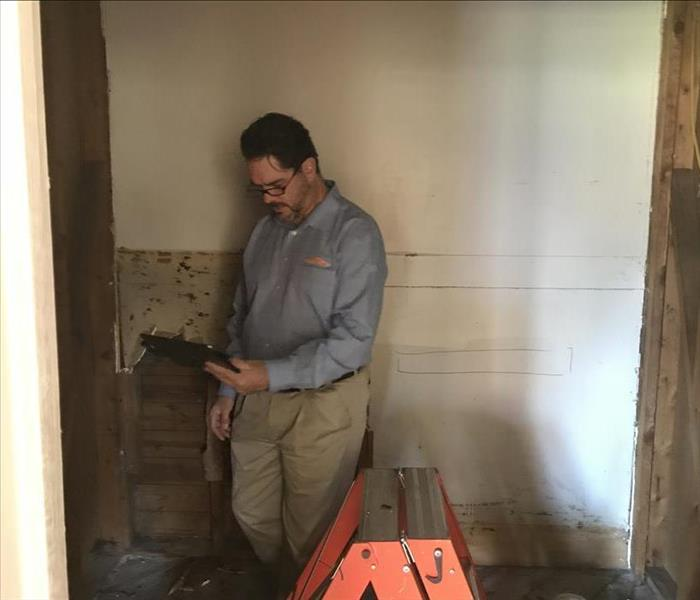 Mold Remediation Mold Q & A: Do I Need a Mold Inspection?